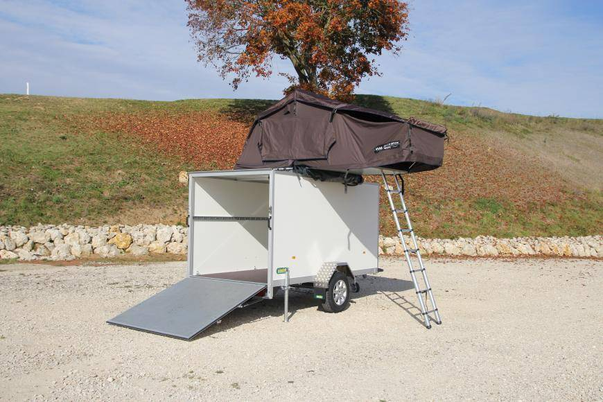 roof tent on UNSINN trailer